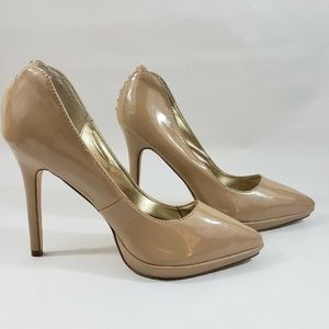 Just Fabulous Size 7 Nude Pump Pointed Toe